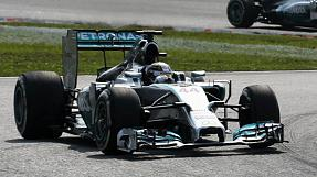 F1: doppietta Mercedes in Malesia, quarto Alonso