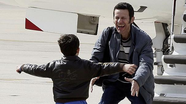 Spanish journalists kidnapped in Syria return to Madrid