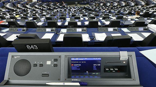 Европарламент обещает зажить по-новому