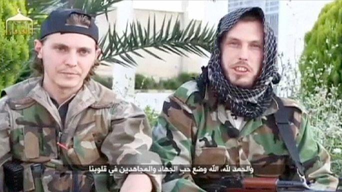 الاستخبارات تواجه معضلة مراقبة الجهاديين الفرنسيين العائدين من سوريا