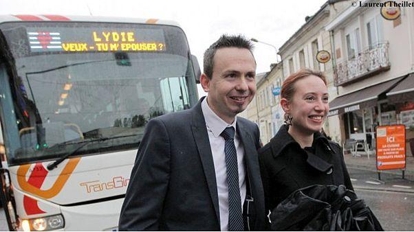 """""""Лиди, выходи за меня замуж"""": предложение в автобусе"""