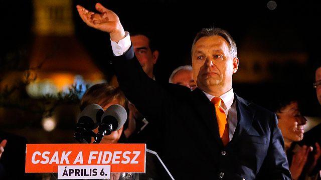Külföldi lapok: Orbán zsarnok, nemzeti hős, Közép- Európa legsikeresebb politikusa