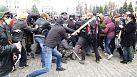 Rival protesters clash in eastern Ukraine