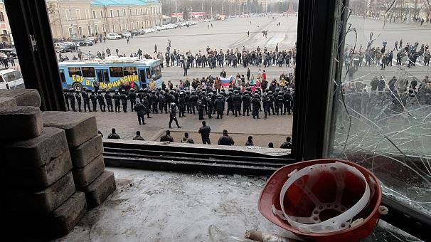 Ukraine forces retake Kharkiv building, pro-Russians hold out elsewhere