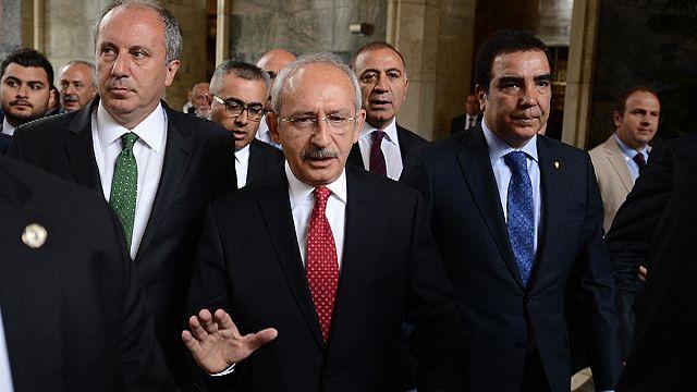CHP Lideri Kılıçdaroğlu'na yumruklu saldırı