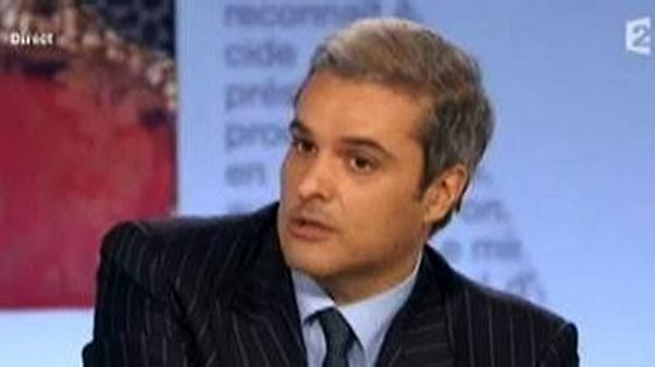 الحكومة المغربية تؤكد انها لن تمنع كتاب الأمير هشام الصادر أخيرا