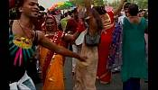 India grants transgender community legal recognition