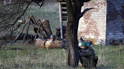 "Ukraine troops begin ""anti-terrorist"" operation against pro-Russian militants"