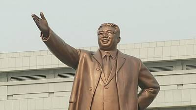 North Koreans mark birth of country's 'founding father' Kim Il-sung – nocomment