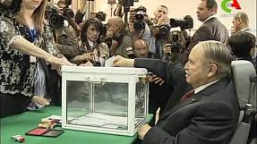 Algeria: Bouteflika firm favourite to win presidential ballot