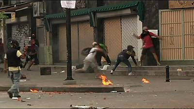 Venezuela: Maduro marks one year in office as violence continues