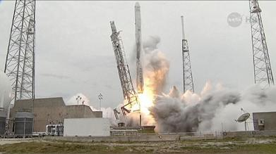 SpaceX blasts off on trip to International Space Station