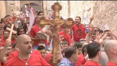 Jerusalem: Hundreds gather for Easter service amid heightened security – nocomment