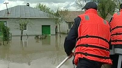 Romania hit by deadly floods, Bulgaria and Serbia issue warnings