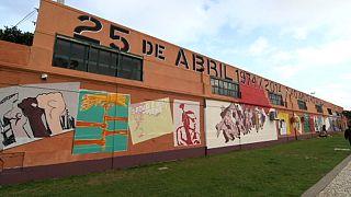 البرتغال:   أربعون عاما على ثورة القرنفل