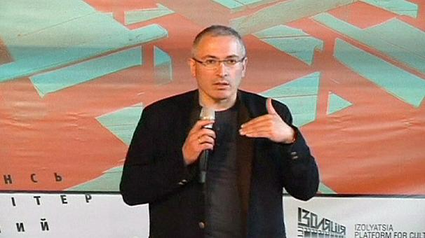 Oil tycoon Khodorkovsky downplays sanctions weapon in Ukraine crisis