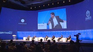 Az új világrendről és a média hatalmáról Asztanában