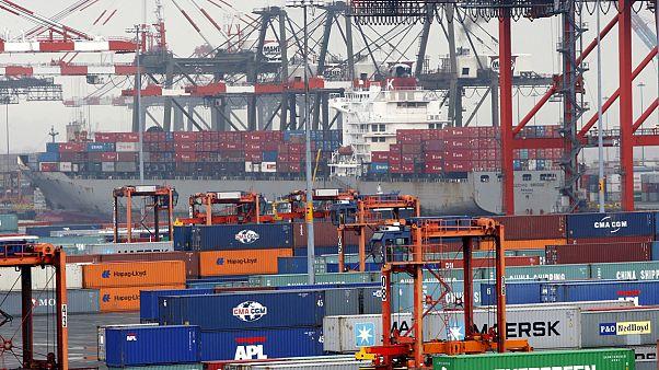 Génmódosított élelmiszert és munkahelyeket egyaránt hozhatnak a szabadkereskedelmi tárgyalások