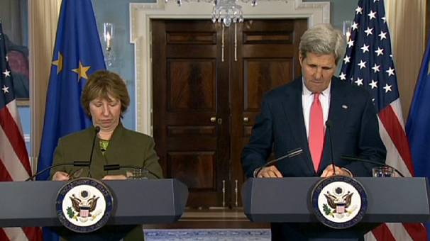 Donetsk referendum 'contrived and bogus' says Kerry