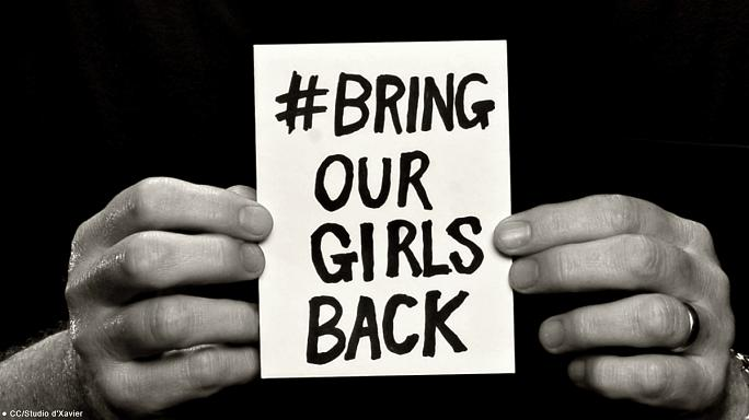 Верните наших девочек: активисты по всему миру провели акцию в поддержку похищенных школьниц
