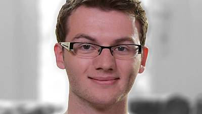 """""""Stephen's Story"""" cancer campaigner dies, aged 19"""