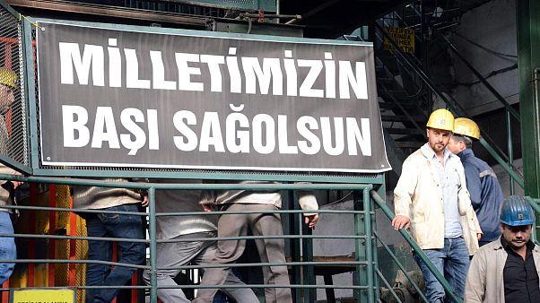 Αλληλεγγύη από την Ελλάδα για τους νεκρούς στην Τουρκία