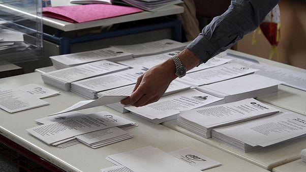 Αυτοδιοικητικές Εκλογές 2014:  Τα αποτελέσματα των εκλογών λεπτό προς λεπτό