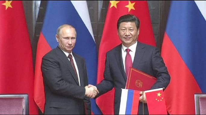 بوتين وشي جينبينغ يجريان مباحثات في شنغهاي