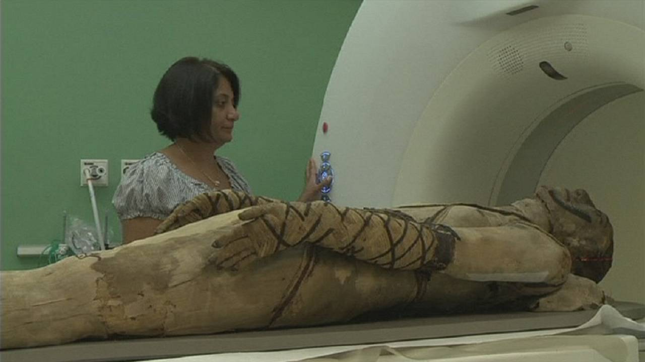 British Museum brings mummies to life