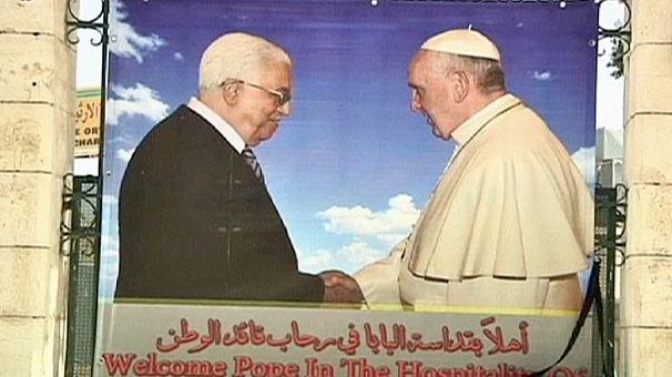 """Papstreise in ein unheilig zerstrittenes """"heiliges land"""""""