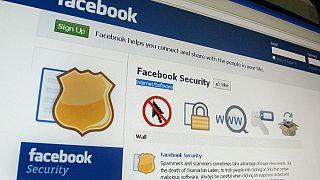 Ταϊλάνδη: Μπλόκο σε facebook και στα social media έβαλε ο στρατός