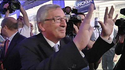 Merkel vacila no apoio a Juncker