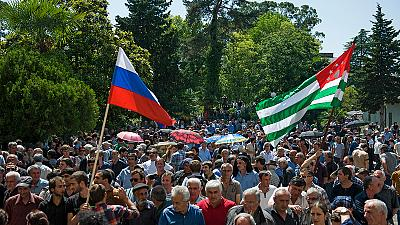 Thousands storm presidential palace in Russia-backed Abkhazia