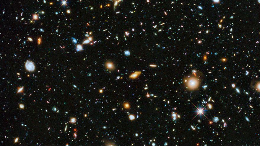 Az univerzum lélegzetelállító színeit rögzíti az űrteleszkóp