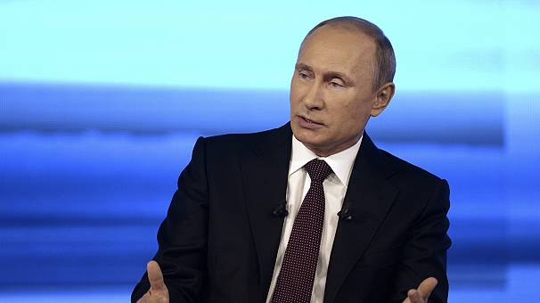 Putin denies trying to destabilise Ukraine