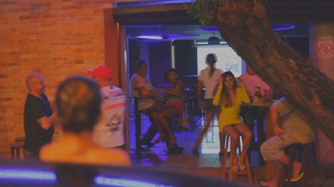 Mundial no Brasil: Prostitutas fora das quatro linhas