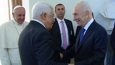 Pope, Abbas and Peres pray for Middle East peace – nocomment