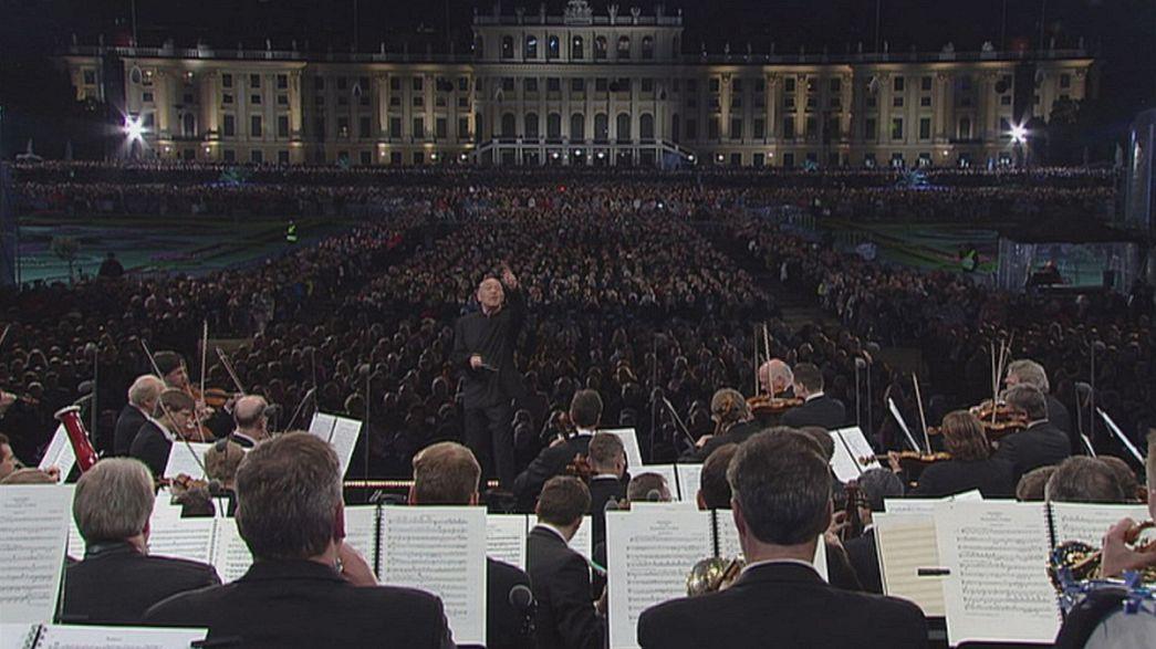 Magica Schönbrunn per i 150 anni del pioniere Strauss