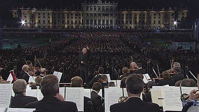 Vienna Philharmonic celebrates Strauss