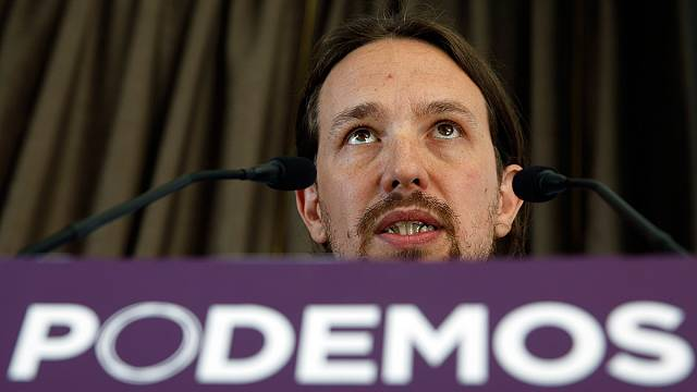 Polls in Spain put new political party Podemos in third spot