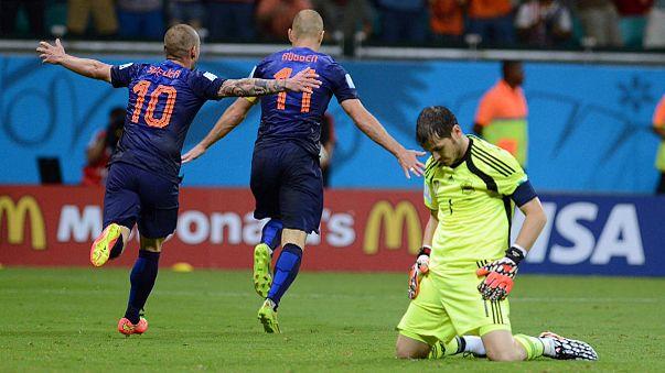 WM: 5:1 - die Niederlande zerlegen Weltmeister Spanien