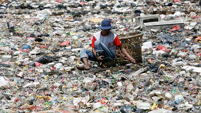 Indonésie : des soins médicaux contre des déchets