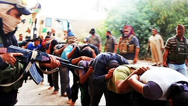 How much has social media helped the rise of Iraqi extremists ISIS?