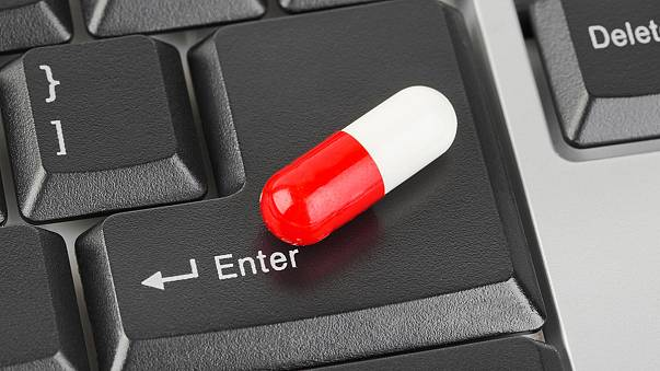 European Commission launches logo for online pharmacies to protect patients