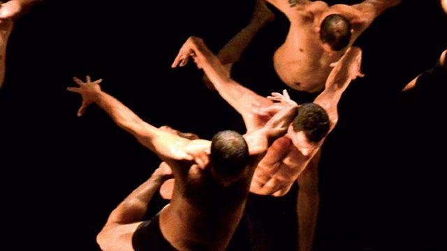 الفنان  الاستعراضي،فريد مرزوقي،يلهب  ليالي فورفيار، بليون