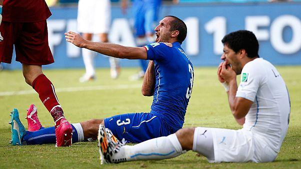 واکنش گسترده کابران توییتر به اقدام لوییس سوآرز در گاز گرفتن بازیکن ایتالیایی