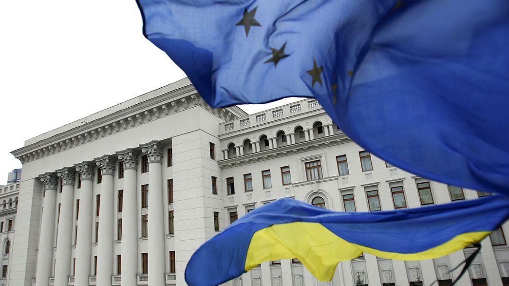 Ucraina firma l'accordo con l'Ue