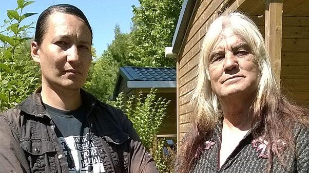 Des Amérindiens en France : ils réclament la grâce pour Leonard Peltier