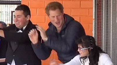 Prince Harry visits disabled children in Chile – nocomment