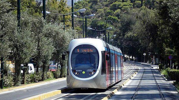 Το τραμ πηγαίνει Πειραιά